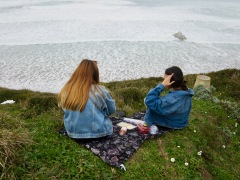 A simple seaside picnic